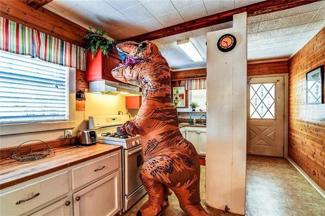 Sell your home with a ….. T- Rex?